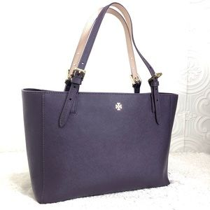 🌸OFFERS?🌸Tory Burch Leather Purple Tote